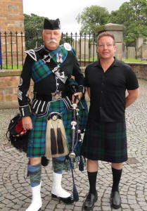 Tom from the USA with Jim at Linlithgow Palace